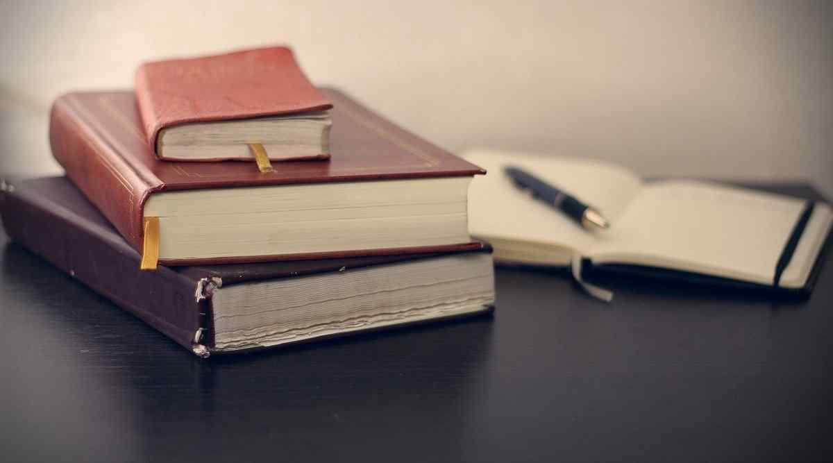 7 Best MBA Books to Read for MBA Aspirants