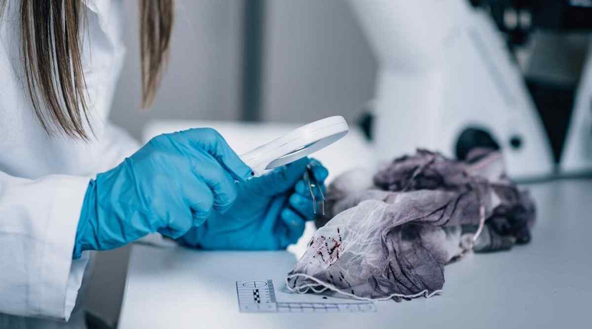 Career as a Forensic Scientist - Salary and Job Roles